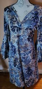 Blue flowers flair sleeve dress